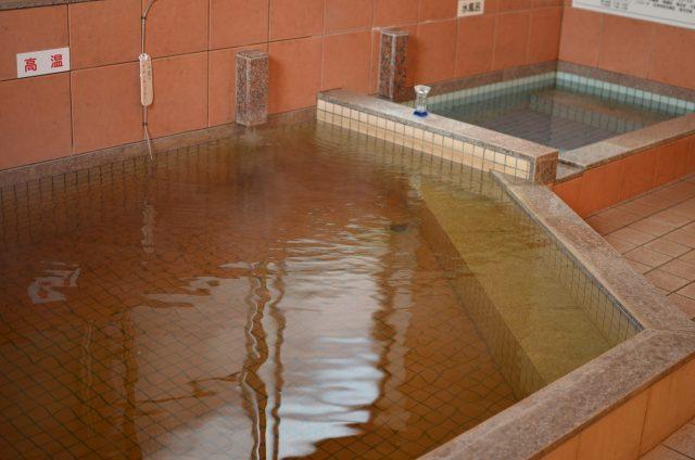 錦温泉 浴槽1